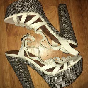 """Jessica Simpson 6"""" heels Sz:9 EUC"""